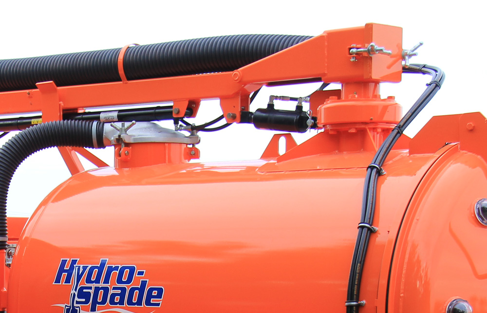Four way hydraulic boom (up/down extend/retract), manual swing.